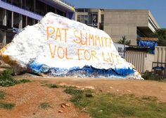 "Pat Summitt ""rocks""!"