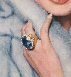 Image shared by hanna. Find images and videos about pretty, blue and aesthetic on We Heart It - the app to get lost in what you love. Boujee Aesthetic, Aesthetic Vintage, Aesthetic Rings, Purple Aesthetic, Catty Noir, No Bad Days, Foto Instagram, Fancy, Vintage Glamour