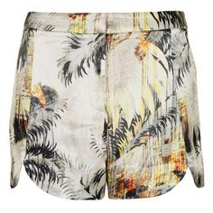 Topshop Palm Print Woven Shorts ($42) ❤ liked on Polyvore featuring shorts, bottoms, pants, topshop, dolphin hem shorts, woven shorts, palm tree shorts, rayon shorts and palm leaf shorts