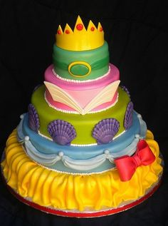 disney princess cake...omg! one layer for each princess..brilliant
