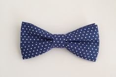 Men's bow ties are fitted with a cotton twill adjustable strap Kids bow ties are clip on Pre-tied. Polka Dot Bow Tie, Blue Polka Dots, Kids Bow Ties, Dog Bows, Fabric Bows, Pet Collars, Different Patterns, Navy, Cotton