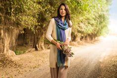 Pequeños detalles hechos a mano como flores y bordados dan un toque diferente a tu estilo. #KUNA