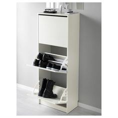 IKEA - BISSA, Shoe cabinet with 3 compartments, white, Helps you organise your shoes and saves floor space at the same time. You can easily adjust the space in the shoe compartments by moving or taking away the dividers. 12 pairs of shoes. Hemnes Shoe Cabinet, Shoe Storage Cabinet, Storage Cabinets, Ikea Bissa, Design Ikea, White Hallway, Ikea Family, Small Storage, Footlocker