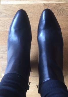 cb7a21809bb3a2 40 meilleures images du tableau Shoes à vendre ! A acheter ! en 2017