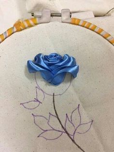 Wonderful Ribbon Embroidery Flowers by Hand Ideas. Enchanting Ribbon Embroidery Flowers by Hand Ideas. Ribbon Embroidery Tutorial, Flower Embroidery Designs, Simple Embroidery, Silk Ribbon Embroidery, Embroidery Stitches, Embroidery Patterns, Embroidery Supplies, Machine Embroidery, Ribbon Flower Tutorial