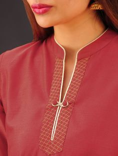 Style Heave: Neck Design For Women Charmed Dress Up Chudi Neck Designs, Neck Designs For Suits, Sleeves Designs For Dresses, Neckline Designs, Dress Neck Designs, Collar Designs, Sleeve Designs, Neck Patterns For Kurtis, Kurta Patterns