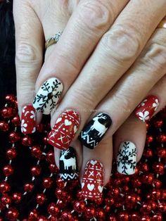 Black Nail Art, Black Nails, White Nails, Christmas Nail Art, Holiday Nails, White Christmas, Christmas Time, Nail Designs Spring, Nail Art Designs