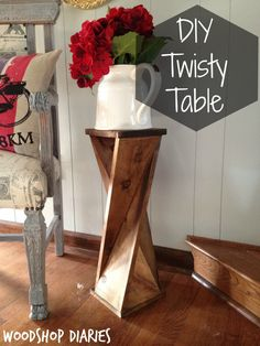 DIY Twisty side table - Wood Design Window pane decor wood projects wood craft home projects outdoor kitchen - c .Windowpane Decor Wood Projects Wood Crafts Home Projects Outdoor Kitchen - crafts Decor Home Kitchen Easy Woodworking Projects, Woodworking Projects Diy, Fine Woodworking, Diy Wood Projects, Woodworking Furniture, Wood Crafts, Diy Furniture, Diy Crafts, Popular Woodworking