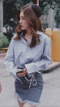 Check out Black Velvet @ Iomoio Kpop Fashion, Asian Fashion, Womens Fashion, Seulgi, Red Velvet Irene, Black Velvet, Pink Island, Kpop Girls, Korean Girl