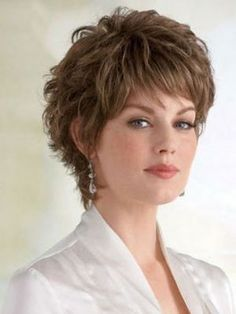 Easy Short Hairstyles for Curly Hair