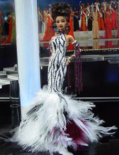 OOAK Barbie NiniMomo's Miss Zambia 2011