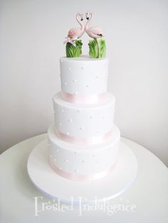 flamingo wedding cake. I thought about this for mine!