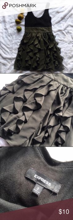 c732f315 Express Black & Hunter Green Ruffled Dress Super girly but still  comfortable. Size 2
