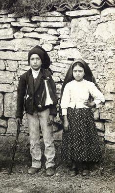 Fátima. As fotos que ajudam a contar a história de dois santos - Renascença