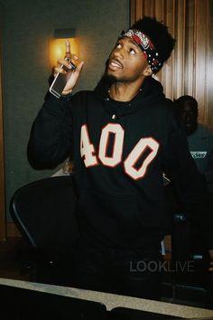 Metro Boomin wearing  Fan Merchandise 400 University Hoody