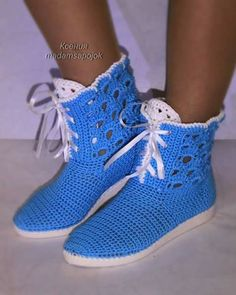 Manal Knit Shoes, Crochet Shoes, Crochet Slippers, Flip Flop Sandals, Flip Flops, Shoe Boots, Shoes Sandals, Shoe Pattern, Street Wear