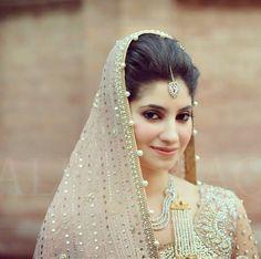 Love the silver and gold kamdani on the dupatta! Pretty blush color
