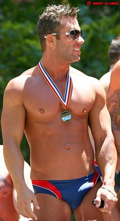 medal and suit in red white blue. Speedo Swimsuits, Swimwear, Beach Boy, Male Physique, Sport Man, Hot Boys, Nice Body, Beautiful Men, Sexy Men