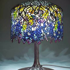Think I would use this Tiffany lamp as the basis for my cake.