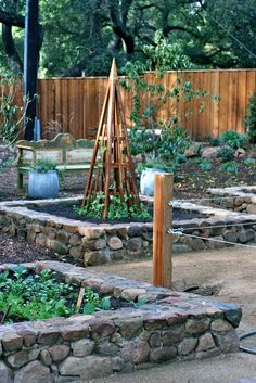 the Polished Pebble: Ojai Country House: Garden Design Elements - raised garden beds