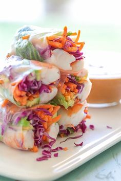 Shrimp Summer Rolls with Peanut Hoisin Dipping Sauce – LOVE the colors in these FRESH homemade Vietnamese style spring rolls! Weight Watchers Smart Points: 4 • Calories: 138 per roll with sauce