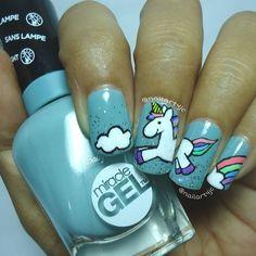 10 diseños de uñas unicornio que vas a querer Get Nails, Fancy Nails, Pretty Nails, Diy Unicorn, Unicorn Nail Art, Fabulous Nails, Perfect Nails, Nail Polish Designs, Nail Art Designs