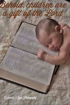 Newborn photo idea b