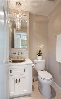 Small Bathroom Color Ideas - Small Bathroom Color Ideas, Bathroom Paint Colors Ideas for Bathroom Decor Neutral Bathroom Colors, Small Bathroom Paint Colors, Bathroom Color Schemes, Paint Bathroom, Warm Bathroom, Beige Tile Bathroom, Bathroom Closet, Best Color For Bathroom, Burgundy Bathroom