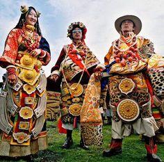 藏族 Tibetan Tattoo, Traditional Chinese, Asia, Painting, Inspiration, Dresses, Biblical Inspiration, Vestidos, Painting Art