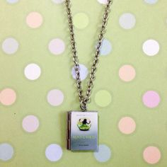 Matched crossed reached trilogy artifact ally condie inspired matched by ally condie book locket necklace fandeluxe Gallery