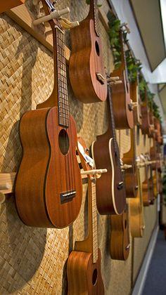 Ukelele jam sessions on Thursday evening. Hawaii Honeymoon, Aloha Hawaii, Hawaii Life, Trip To Maui, Hawaii Vacation, Dream Vacations, Ukelele, Destinations, Maui Travel