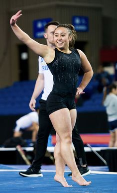 Olympic Gymnastics, Gymnastics Girls, Sporty Girls, Gym Girls, Women Legs, Fit Women, Leather Trousers Outfit, Katelyn Ohashi, Gymnastics Photography