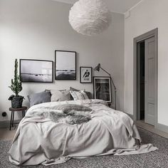 Wicked 120+ Apartment Decorating Ideas https://decoratio.co/2017/03/120-apartment-decorating-ideas/ You would like your apartment to appear great. Just follow your financial plan and make an effort not to worry if your apartment doesn't arrive togeth... Gray Bedroom Decor, Cozy White Bedroom, Bedroom Ideas Grey, Bedroom Inspiration Cozy, Light Gray Bedroom, Grey Bedrooms, Cosy Bedroom, Bedroom Pictures, Bedroom Doors
