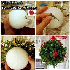 Bola de Azevinho de Natal