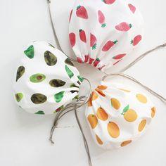 【無料型紙】ぷくぷくした形がかわいい!しじみ巾着袋の作り方 | nunocoto fabric Sewing Tutorials, Sewing Hacks, Sewing Patterns, Sewing Class, Sewing Box, Sachet Bags, Sewing Projects For Kids, Fabric Bags, Handicraft