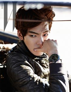 2014.03, W, Kim Woo Bin