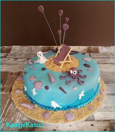 Strandtaart Birthday Cake, Desserts, Food, Tailgate Desserts, Birthday Cakes, Deserts, Eten, Postres, Dessert