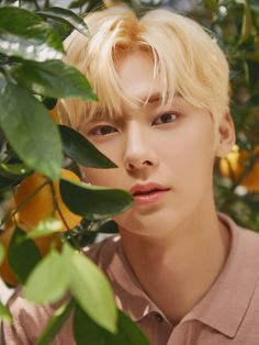NU'EST's Minhyun has gone blond for boutique lifestyle and fragrance brand 'Jo Malone London'.On April 'Jo Malone London' revealed their… Nu Est Minhyun, Nu'est Jr, Talk About Love, Fandom, K Pop Music, Jo Malone, Kpop, Picture Credit, Art