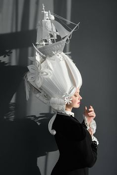 Intricate Paper Wigs by Asya Kozina – Fubiz Media