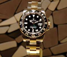 Luxury Watches, Rolex Watches, Watches For Men, Rolex Gmt Master, Pre Owned Rolex, Cool Gear, Gold Watch, Bracelet Watch, Dior