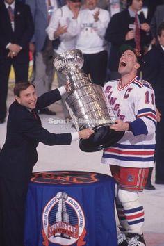 PHIL ESPOSITO 1980 NEW YORK RANGERS Hockey Team SASSON REPLICA METAL SIGN