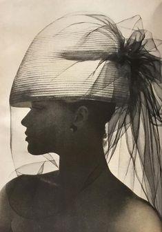 Veruschka, photo by Irving Penn, Vogue April 1st 1963