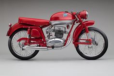 175cc CSS Super Sport Disco Volante 1955; MV Agusta (1945–80, 1991–present), Gallarate, Italy; Courtesy of Barry Porter;    SFO Museum