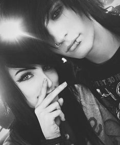 Alex Dorame and Johnnie Guilbert They are so beautiful in many different ways, I am incredibly jealous of both of them Hot Emo Boys, Emo Guys, Emo Tumblr, Cute Emo Couples, Markiplier Hair, Emo People, Alex Dorame, Shannon Taylor, Emo Scene Hair