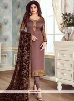 Designer Suits Online, Designer Wear, Designer Dresses, Designer Kurtis, Stylish Dress Designs, Stylish Dresses, Fashion Dresses, Churidar Suits, Salwar Kameez