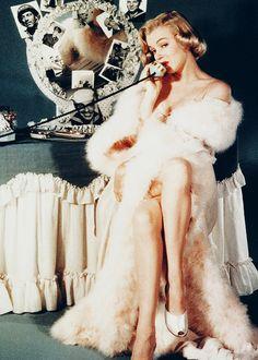 Marilyn Monroe photographed by John Florea, 1950.