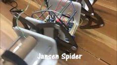 Así va quedando la Jansen Spider de @uncuartotech !! Que les parece?? #makers #makerscolombia #jansen #arduino #doityourself #hazlotumismo #cortelaser #lasercut #uncuartotech by uncuartotech