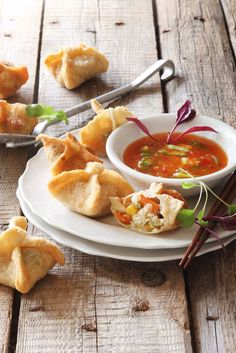 Deep-fried Vegetable Wontons with a Sweet Chilli Dipping Sauce   Crush Magazine  via @crushonlinemag