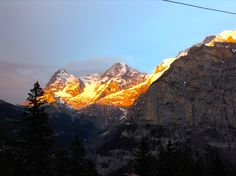 Sublime scenery from Murren over the Lauterbrunnen Valey to the Apls.