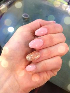 Pointy Nails- a bit more like Oval Nails - nude pink with glitter gold <3